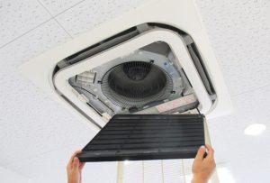 空調設備機器の保守業務